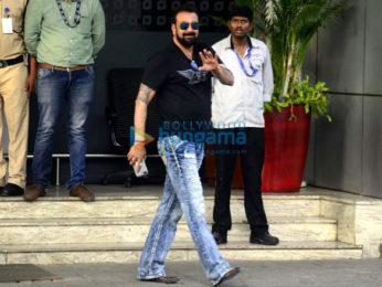 Sanjay Dutt arrives from Jodhpur in a charter flight