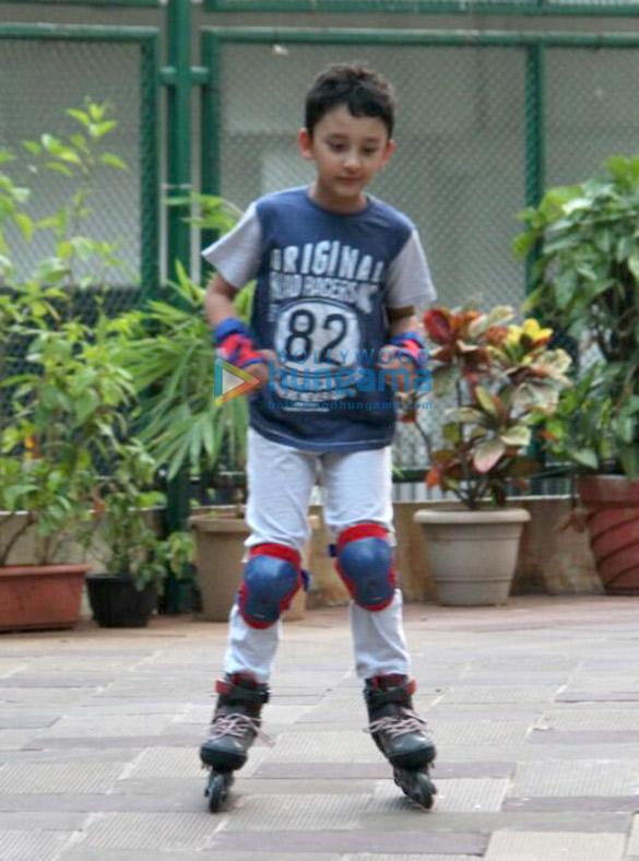 Sanjay Dutt's kids snapped roller skating