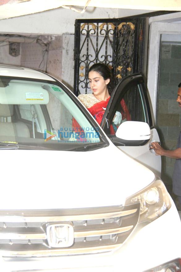 Sara Ali Khan spotted at a gym in Khar