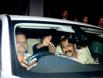 Shah Rukh Khan snapped in Juhu