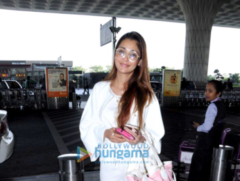Shraddha Kapoor, Sridevi and others snapped at the airport