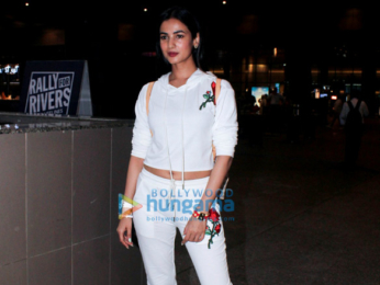Sonal Chauhan, Sophie Choudry and Dia Mirza snapped at the airport