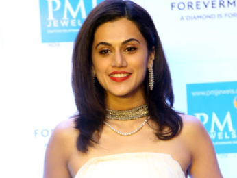 Taapsee Pannu launches 'Forevermark' diamond collection at an outlet of PMJ Jewels