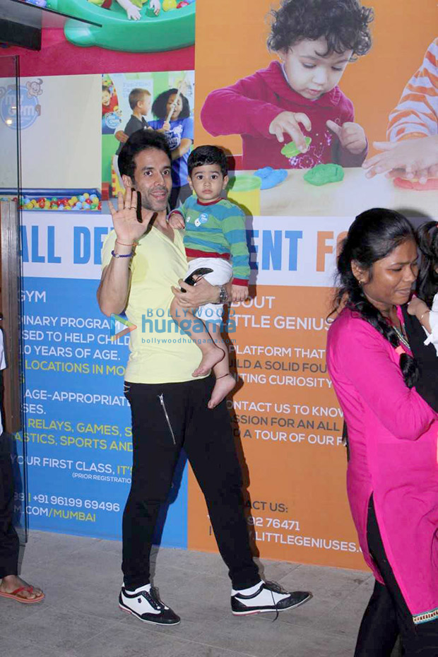 Tusshar Kapoor spotted with his son Laksshya Kapoor at the toddler gym1