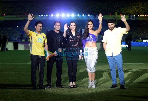 WOW! Salman Khan and Katrina Kaif rock the show at ISL's opening ceremony (1)