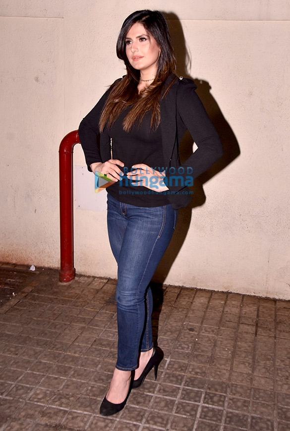 Zareen Khan hosts 'Aksar 2' screening