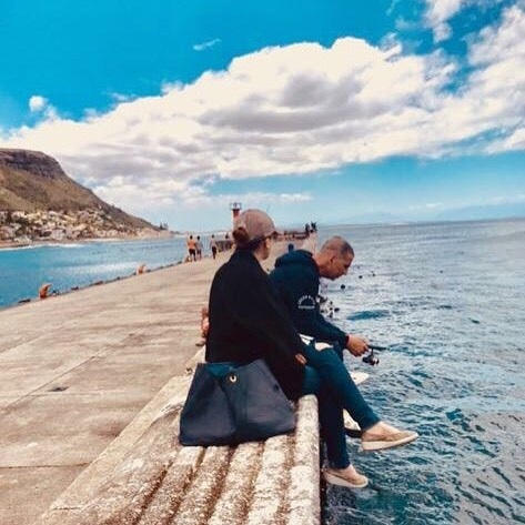 Akshay Kumar and Twinkle Khanna have some downtime by the sea in Cape Town