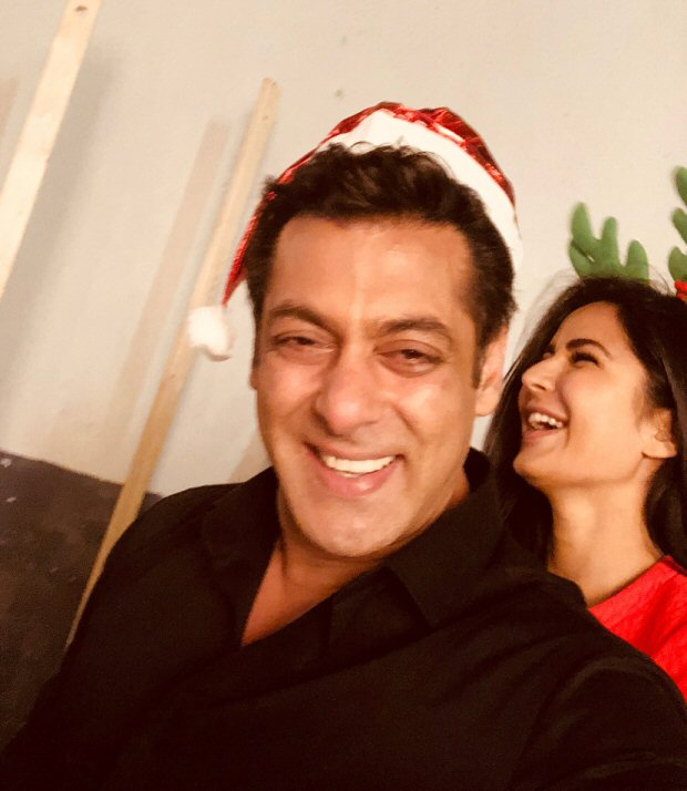 Check out Tiger Zinda Hai stars Salman Khan and Katrina Kaif look the happiest during Christmas (3)