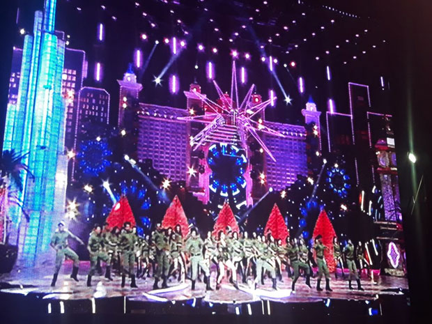 Here's how Katrina Kaif set the stage on fire at the Zee Cine Awards-2