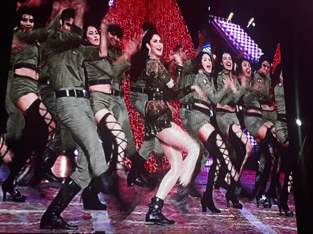 Here's how Katrina Kaif set the stage on fire at the Zee Cine Awards-4