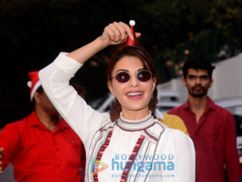 Jacqueline Fernandez hosts Christmas bash