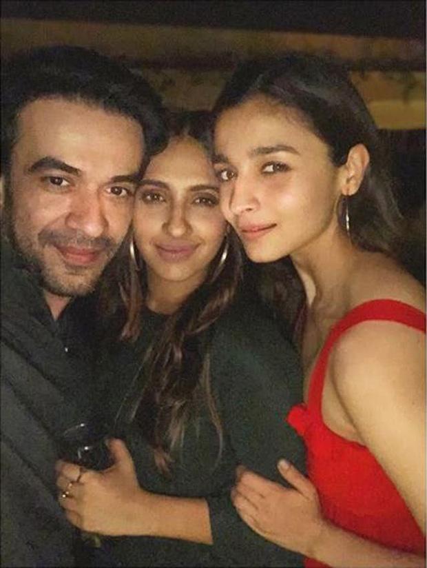 Katrina Kaif, Alia Bhatt, Aishwarya Rai Bachchan, Ranbir Kapoor and others add glamour to Karan Johar's Christmas bash (8)