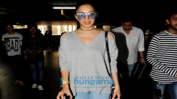 Kiara Advani snapped at the airport