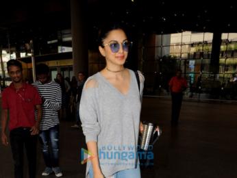 Kiara Advani snapped at the airport