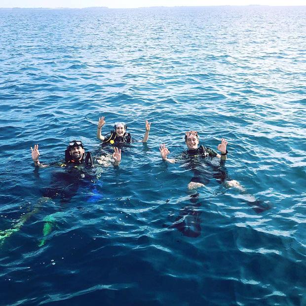 Newlyweds Zaheer Khan and Sagarika Ghatge go diving during their honeymoon in Maldives (1)