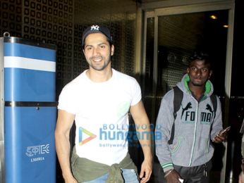 Ranbir Kapoor, Varun Dhawan and others snapped at the airport at night