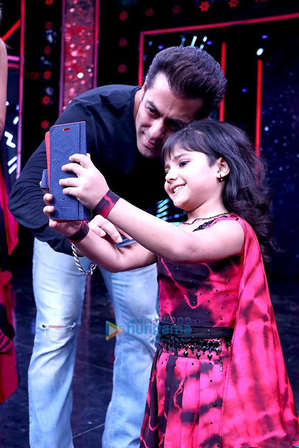 Salman Khan and Katrina Kaif on the sets of 'Super Dancer Chapter 2'