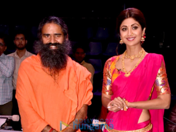 Shilpa Shetty and Baba Ramdev on the sets of 'Super Dancer 2'