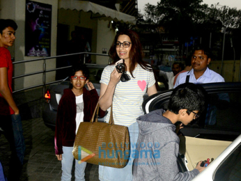 Sonali Bendre snapped with family at Juhu PVR