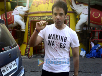 Tusshar Kapoor and his son Laksshya snapped at Shani Temple in Juhu