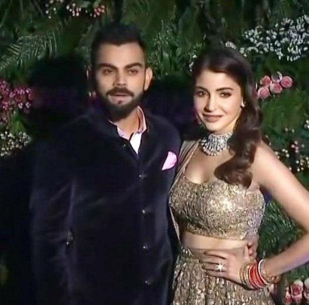 Virat Kohli and Anushka Sharma look so in love at their Mumbai reception -11