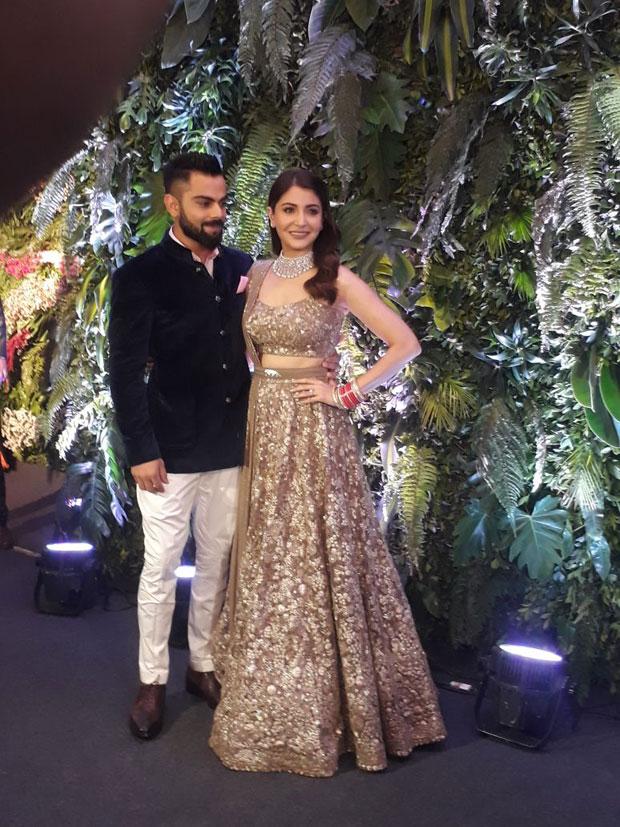 Virat Kohli and Anushka Sharma look so in love at their Mumbai reception -22