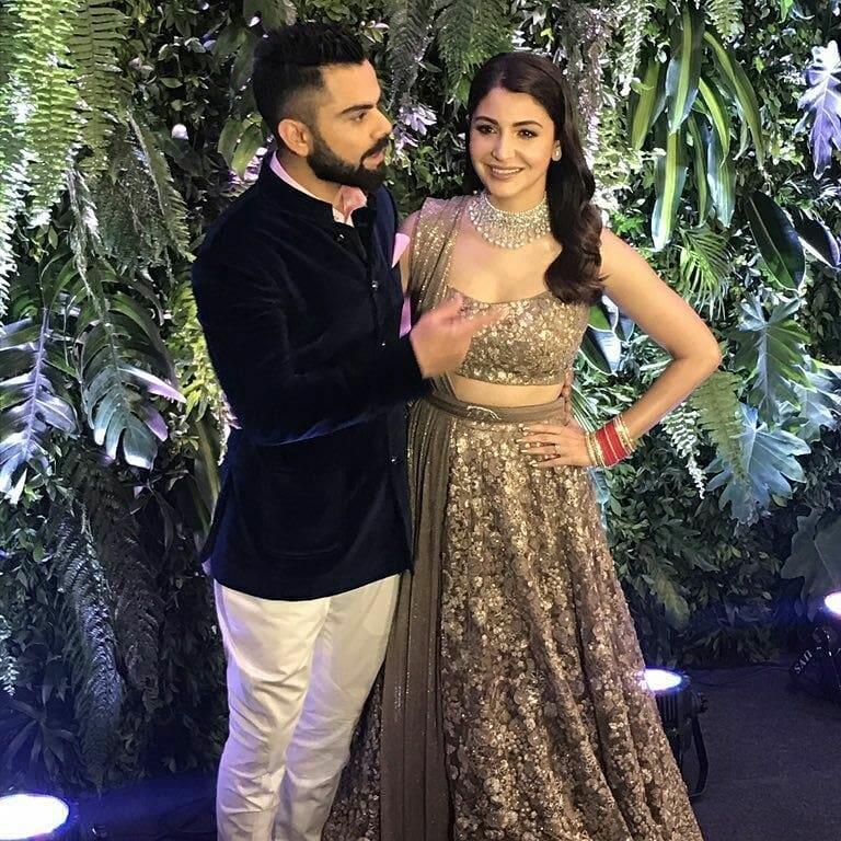 Virat Kohli and Anushka Sharma look so in love at their Mumbai reception -44
