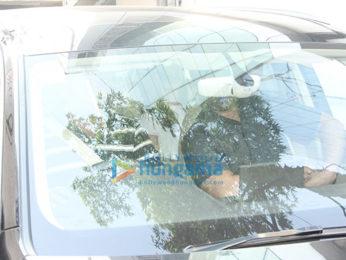 Yami Gautam spotted at Skinfiniti clinic, Bandra