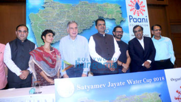 Aamir Khan attends Paani Foundation event