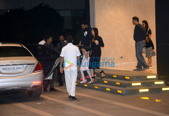 Aishwarya Rai Bachchan, Abhishek Bachchan out with Aradhya for dinner