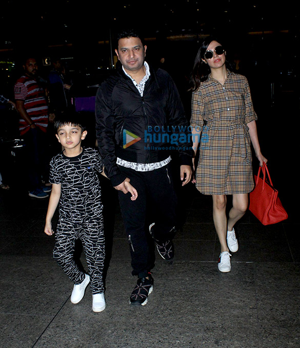 Bhushan Kumar snapped with his family snapped at the airport