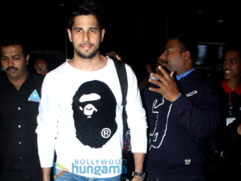 Sidharth Malhotra, Disha Patani and others snapped at the airport