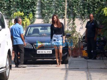Mandana Karimi and Rhea Chakraborty snapped at the gym