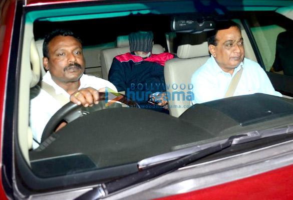 Amitabh Bachchan snapped at Lilavati hospital
