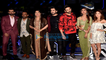 Cast of Sonu Ke Titu Ki Sweety snapped on the sets of Super Dancer 2