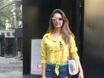 Esha Gupta snapped at Tip & Toe in Juhu
