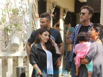 Kunal Khemu and Soha Ali Khan spotted after lunch in Bandra