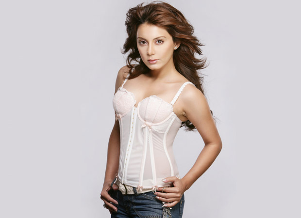 Minissha Lamba turns Vishkanya for TV