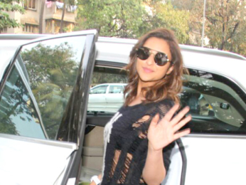 Parineeti Chopra snapped at Kromakay salon in Juhu
