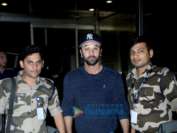 Ranbir Kapoor, Shraddha Kapoor and others snapped at the airport