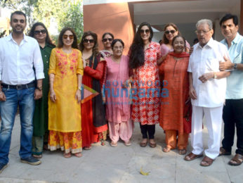 Roshan family snapped at Mahashivratri celebration at Panvel