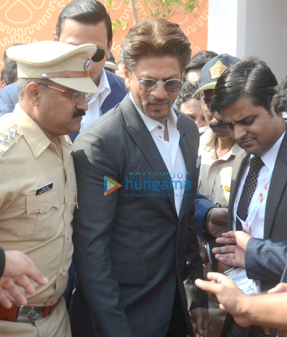 Shah Rukh Khan attends Magnetic Maharashtra seminar at BKC, MMRDA Ground