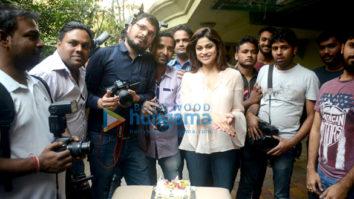 Shamita Shetty celebrates her birthday at home with the media