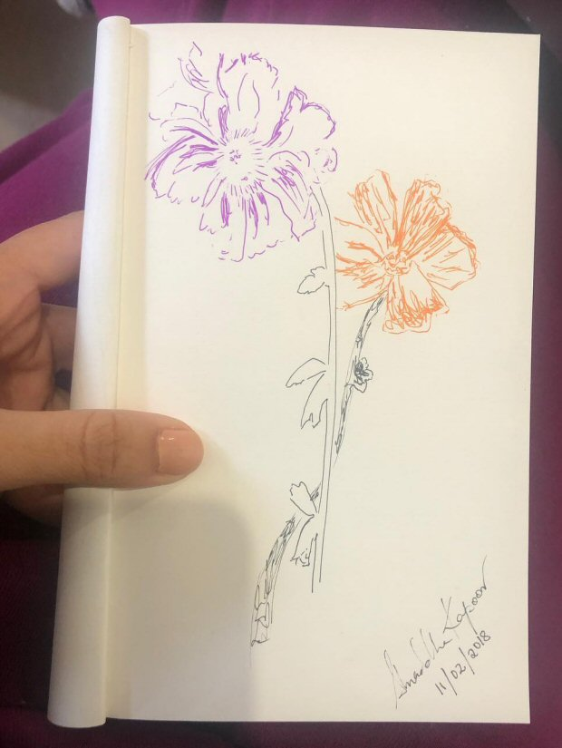 Shraddha Kapoor went on a doodling spree on the sets of Batti Gul Meter Chalu