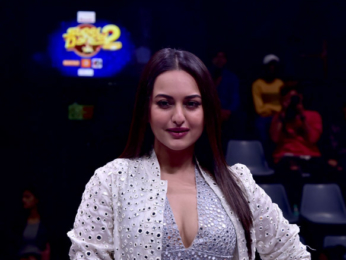 Sonakshi Sinha snapped on the sets of Super Dancer 2