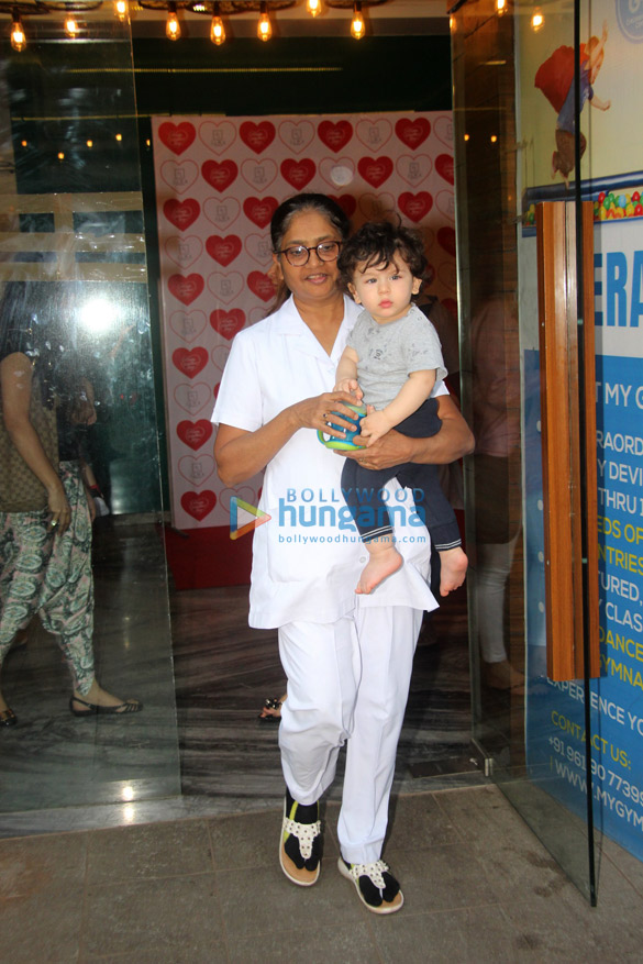 Taimur Ali Khan snapped at his gym