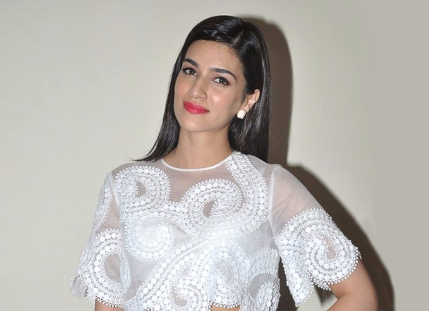 BREAKING Kriti Sanon signed for Housefull 4; opts out of Mohit Suri's film