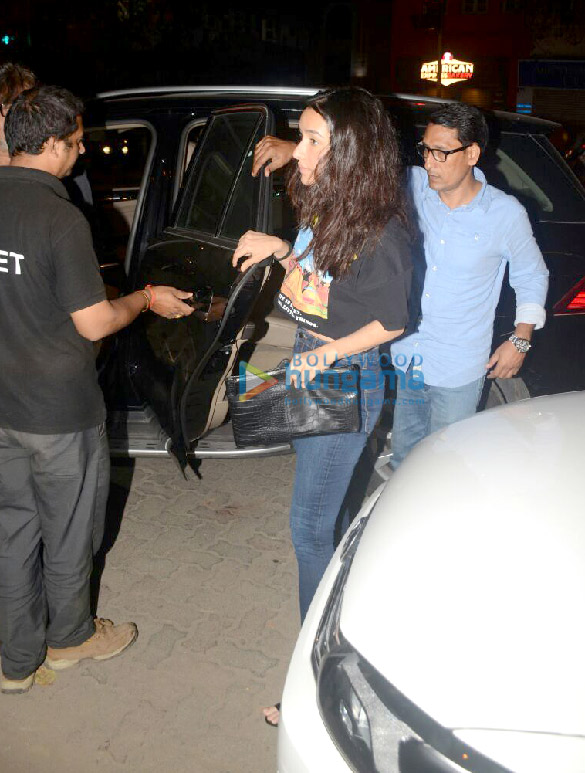 Shraddha Kapoor snapped with her family post dinner in Bandra