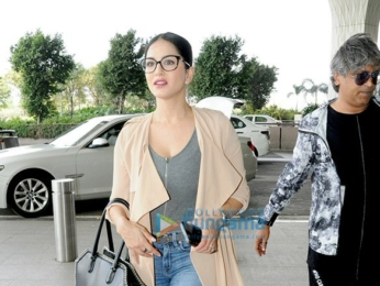 Sunny Leone and Sidharth Malhotra and others snapped at the airport