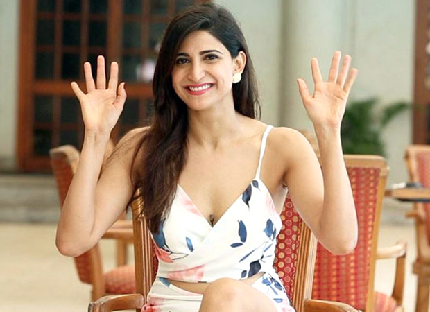 """""""I'd probably have conversations about Donald Trump and KRK's PENIS sizes"""" - Aahana Kumra, Lipstick Under My Burkha"""